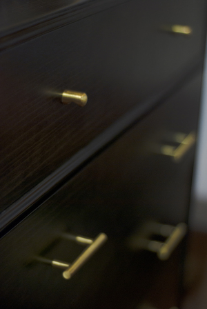 Noma cabinet with brass handles